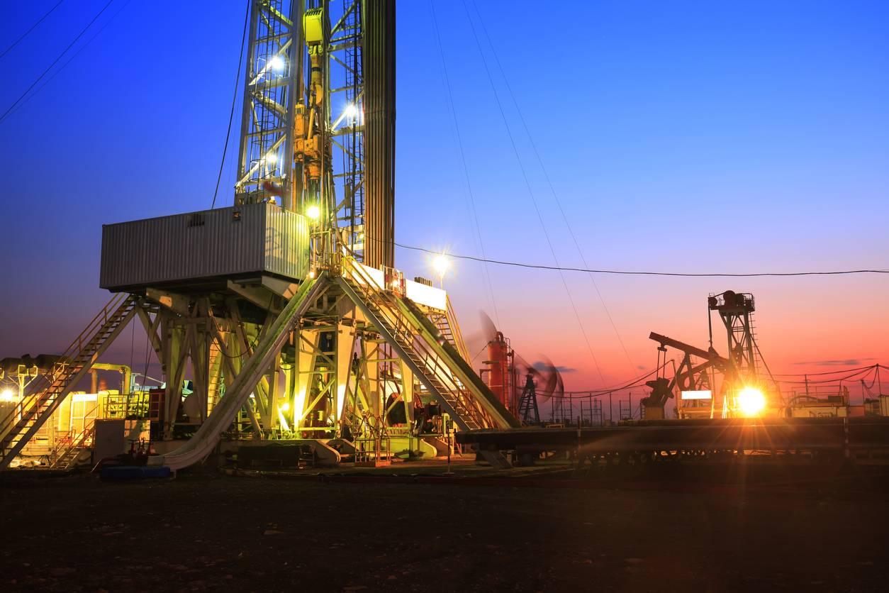 Oilfield derrick
