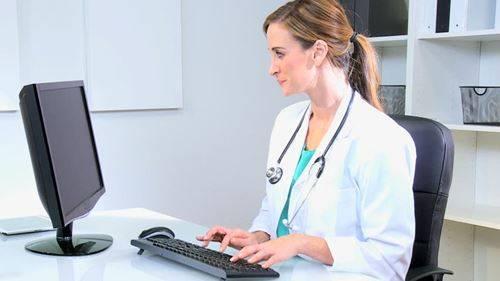 Doctor-Loan interest rates-fi18531657x470